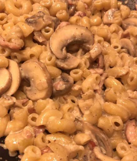 bacon mushroom truffle pasta recipe1