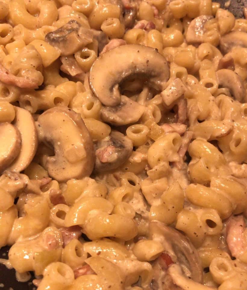 Recipe #1: Bacon, Mushroom & Truffle CreamPasta